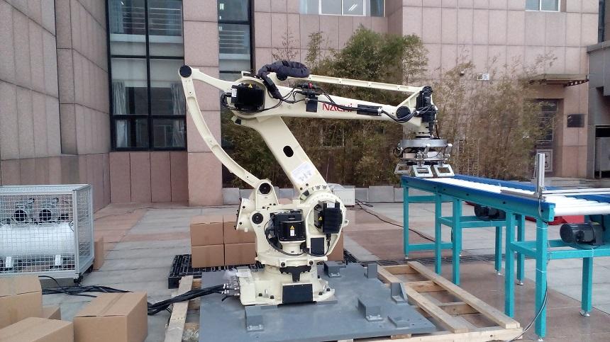 日本那智不二越(NACHI)码垛机器人
