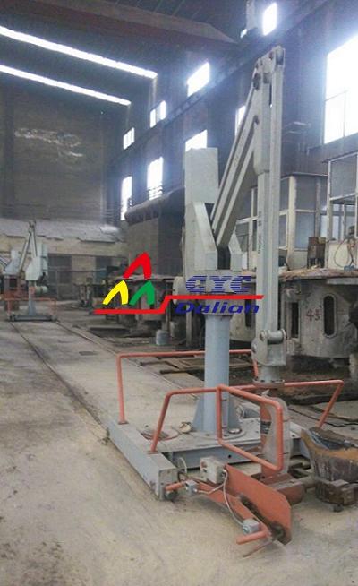 山东客户工厂-轨道式浇铸机械手